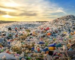 «Даже пищевой пластик может быть вреден для людей, его запрет – правильное решение»