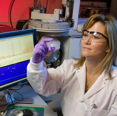Химический анализ косметических и бытовых средств Фотоматериалы нашей работы Фото №3
