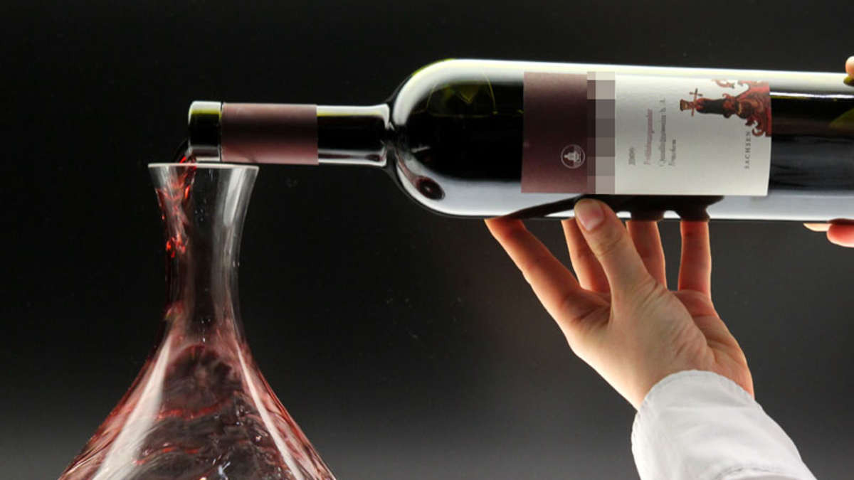Лабораторный анализ алкоголя фото