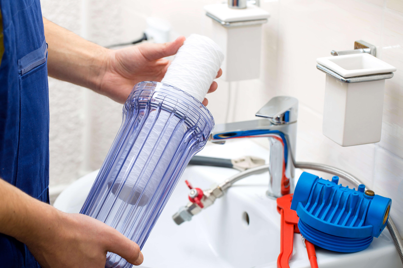 Заказать установку систем по очистке воды фото
